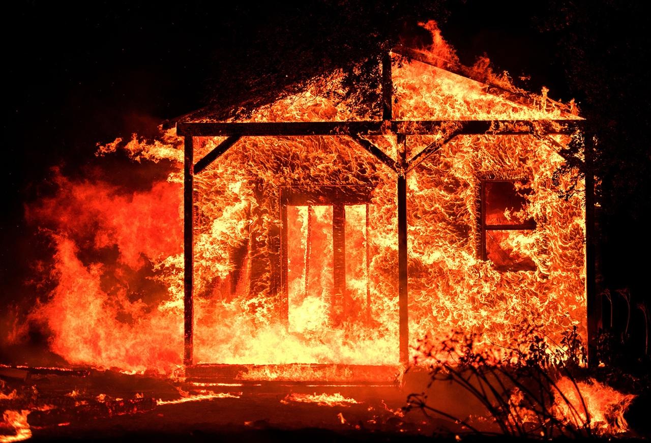 Огнезащитная пропитка древесины