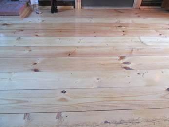 деревянный пол на даче